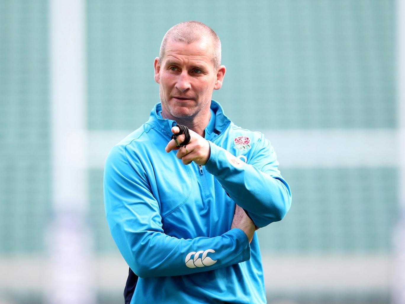 Stuart Lancaster will wait to pick his squad