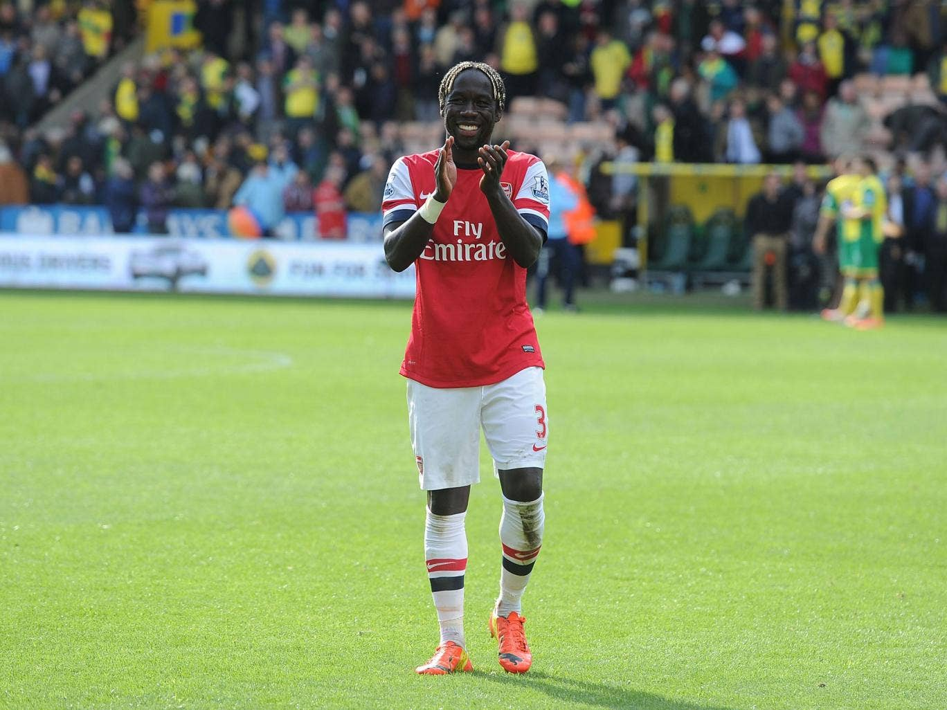 Bacary Sagna looks likely to join Manchester City when Arsenal contract expires