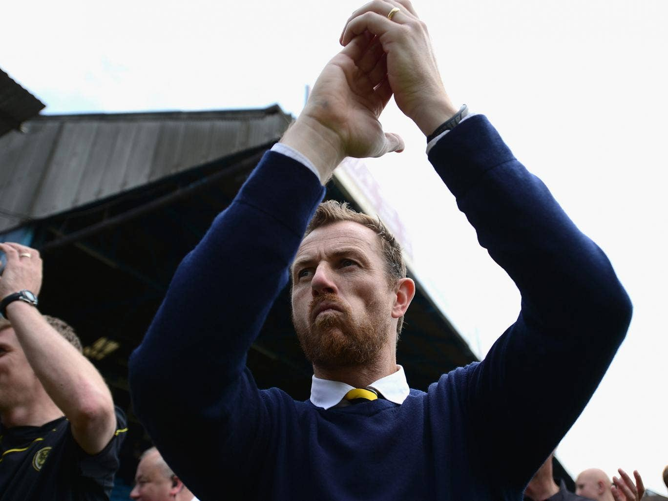 Gary Rowett of Burton Albion applauds the crowd during the Sky Bet League Two semi-final, second leg match between Southend United and Burton Albion