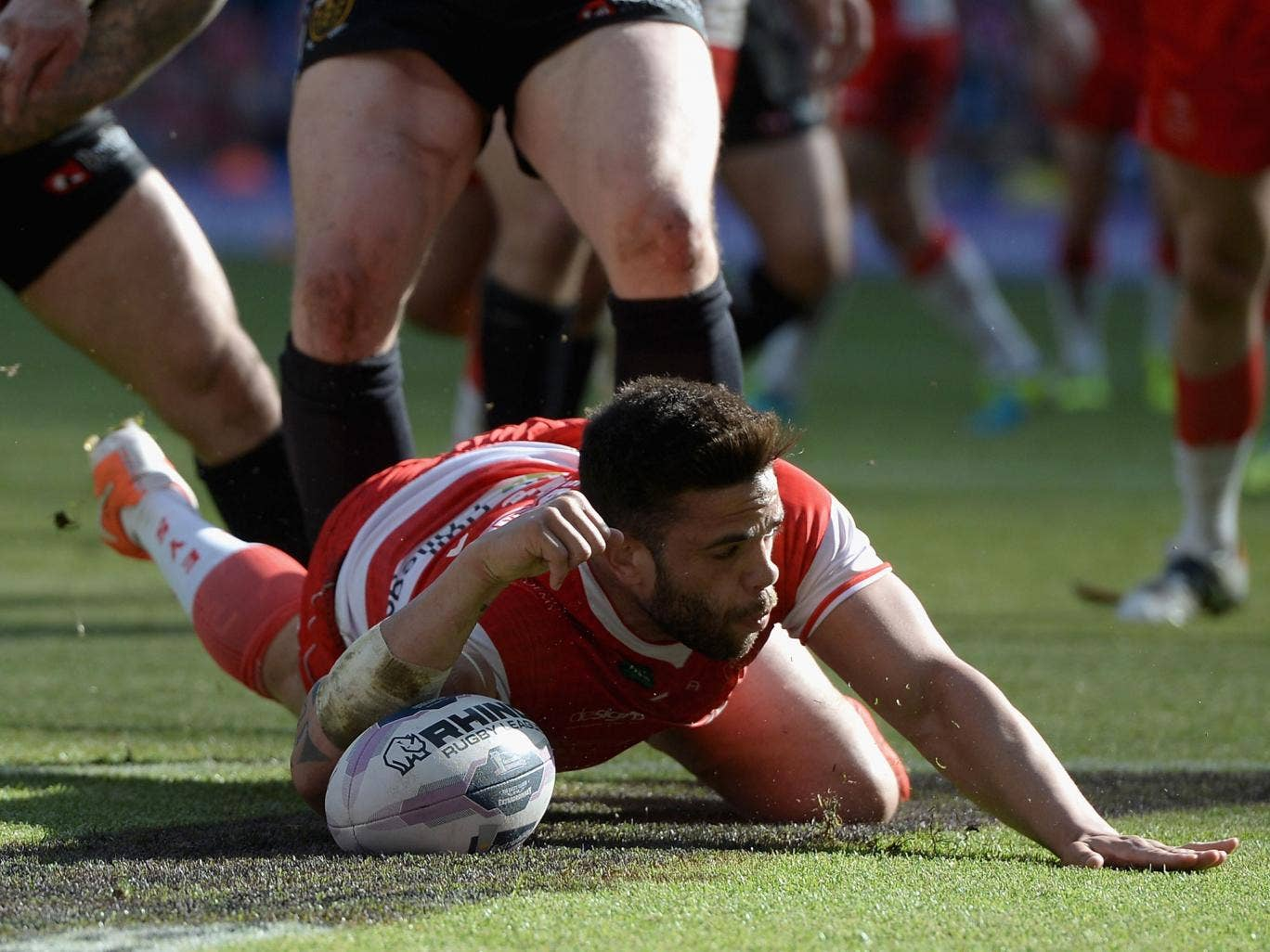 Hands-on: Kevin Larroyer dives over for a try for Hull Kingston Rovers