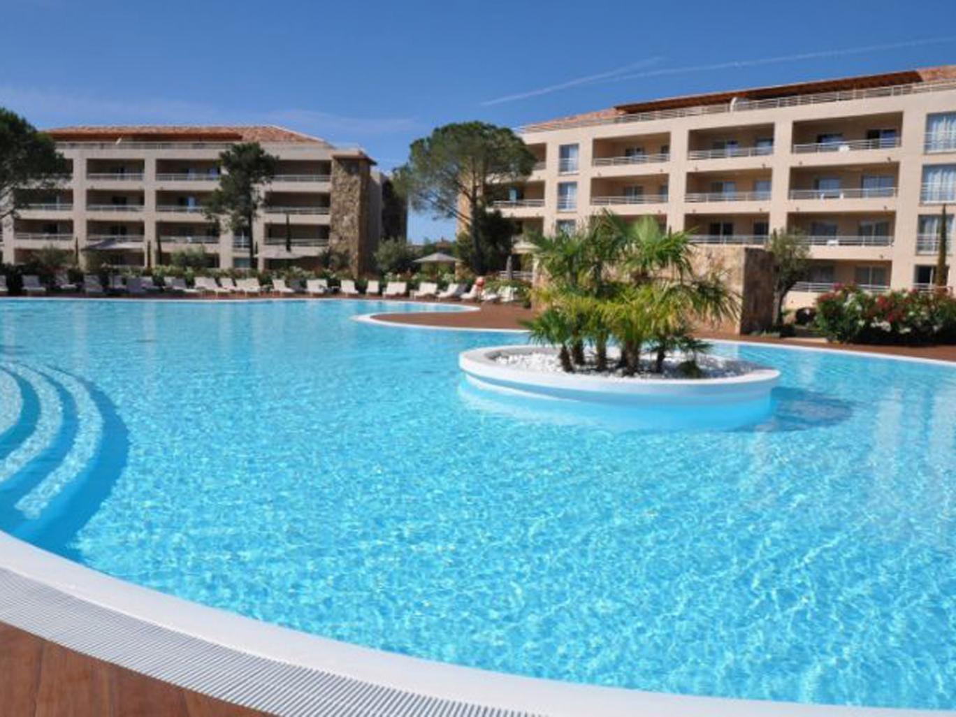 £822 - Just Corsica