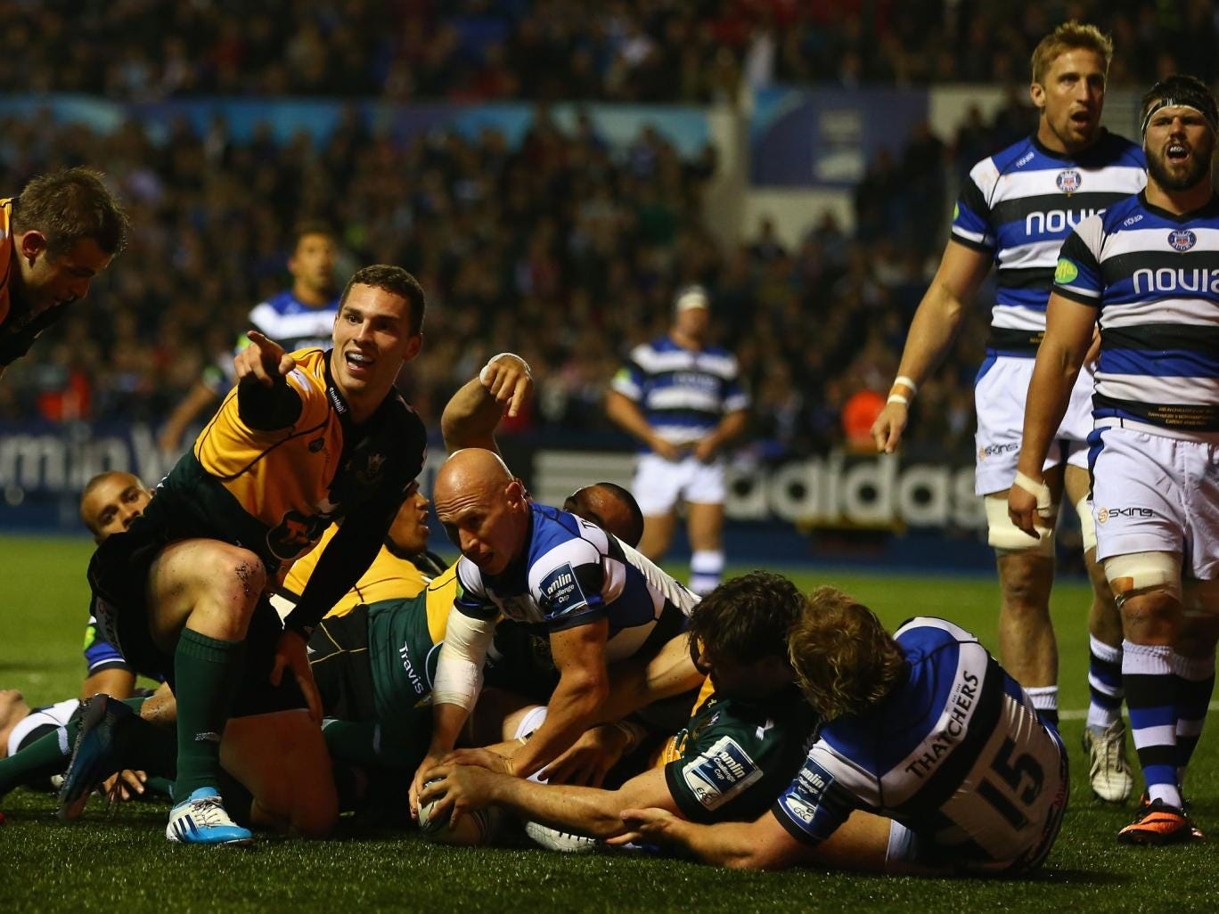 Ben Foden (second right) scores Saints' second try late on to seal their victory