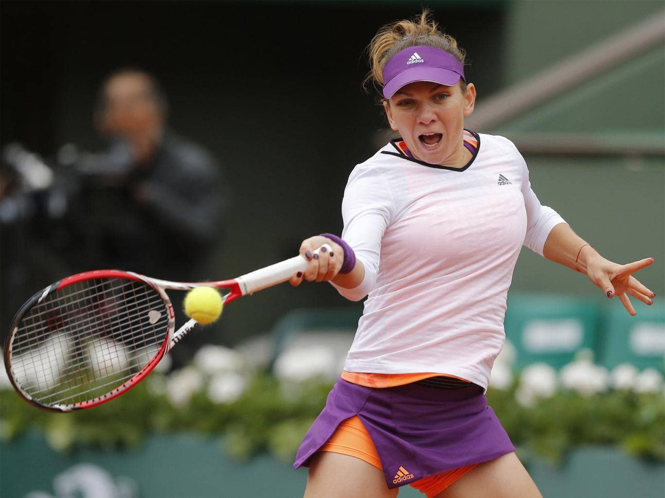 Simona Halep during her first round match