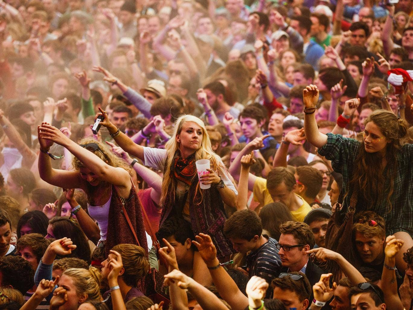 While the crowds are a fairly even split, the new study has found that their is a major gender imbalance on festival stages