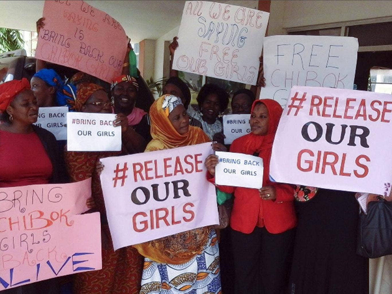 Nigerian staff of Kaduna Polytechnic protest over the abducted Chibok school girls