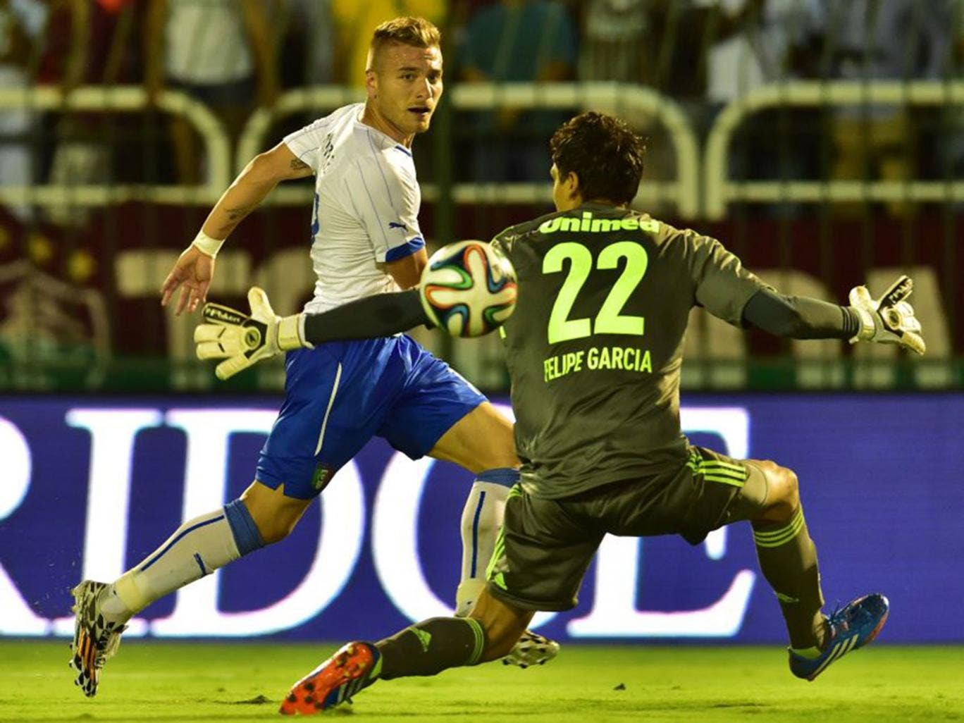 Ciro Immobile beats Fluminense keeper Felipe Garcia dos Prazeres to score one of his hat-trick