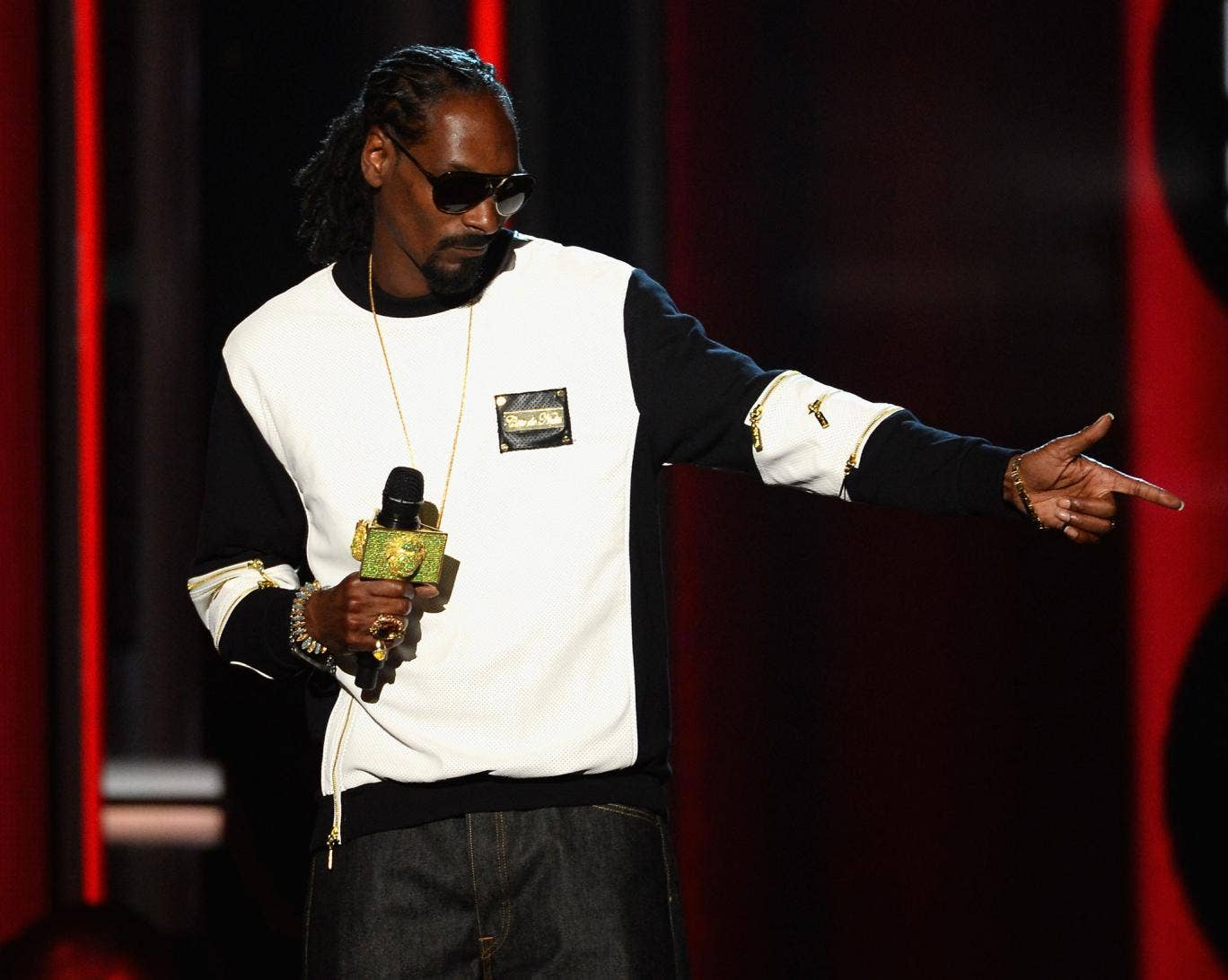 Snoop Dogg speaks onstage during the 2014 Billboard Music Awards at the MGM Grand Garden Arena on 18 May, 2014, in Las Vegas, Nevada