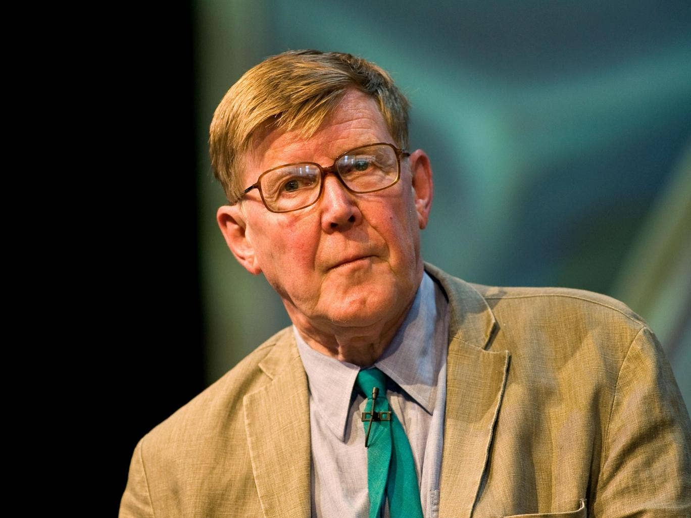 Alan Bennett criticised the lack of fairness in British society encapsulated by the private school system