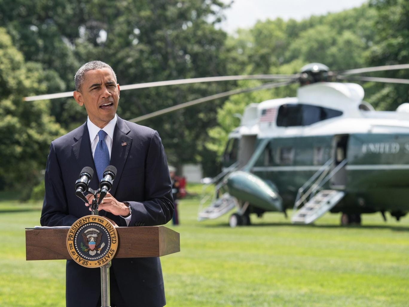 US President Barack Obama makes a statement on Iraq on the South Lawn of the White House