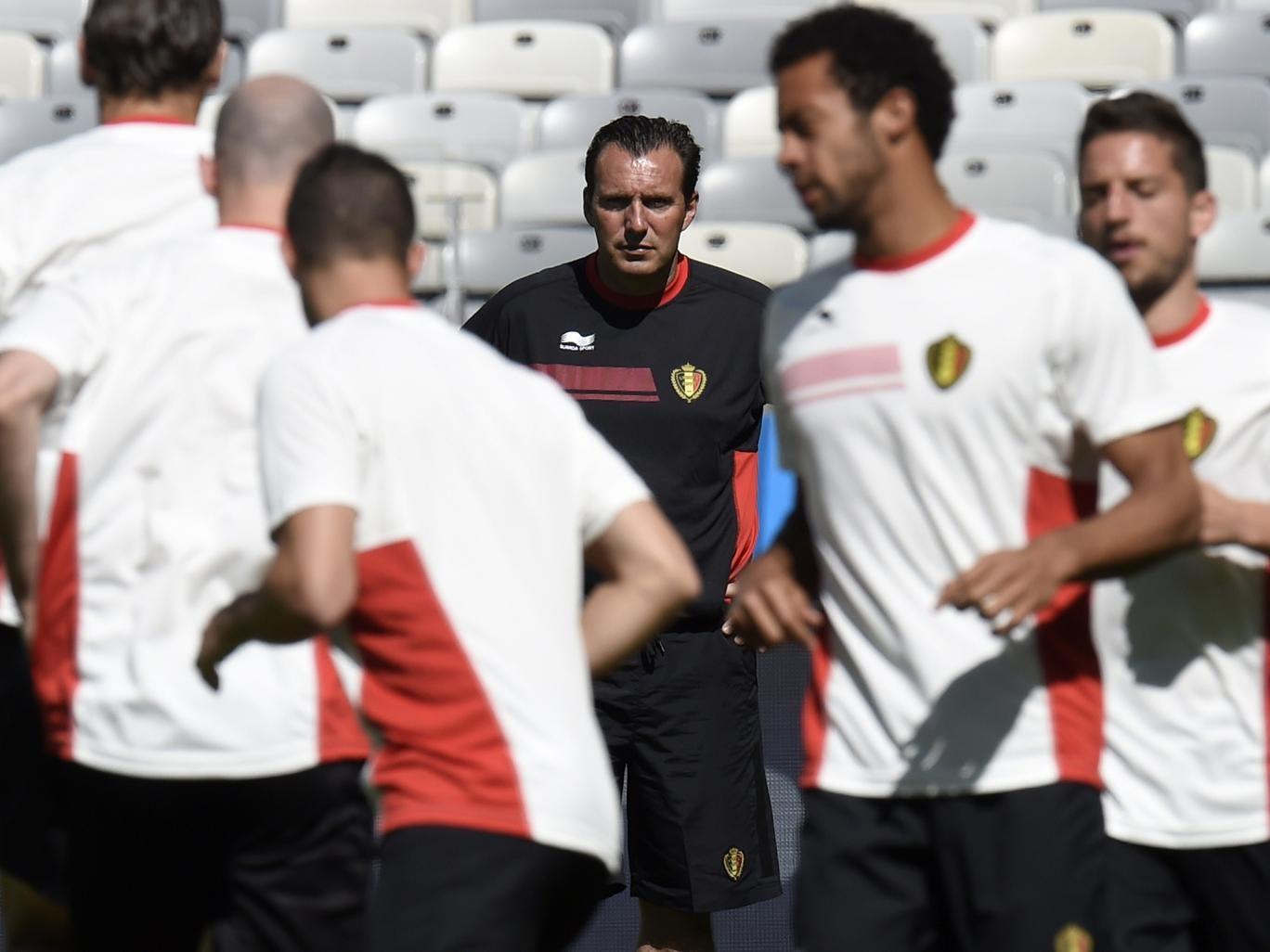 Marc Wilmots with his Belgium squad