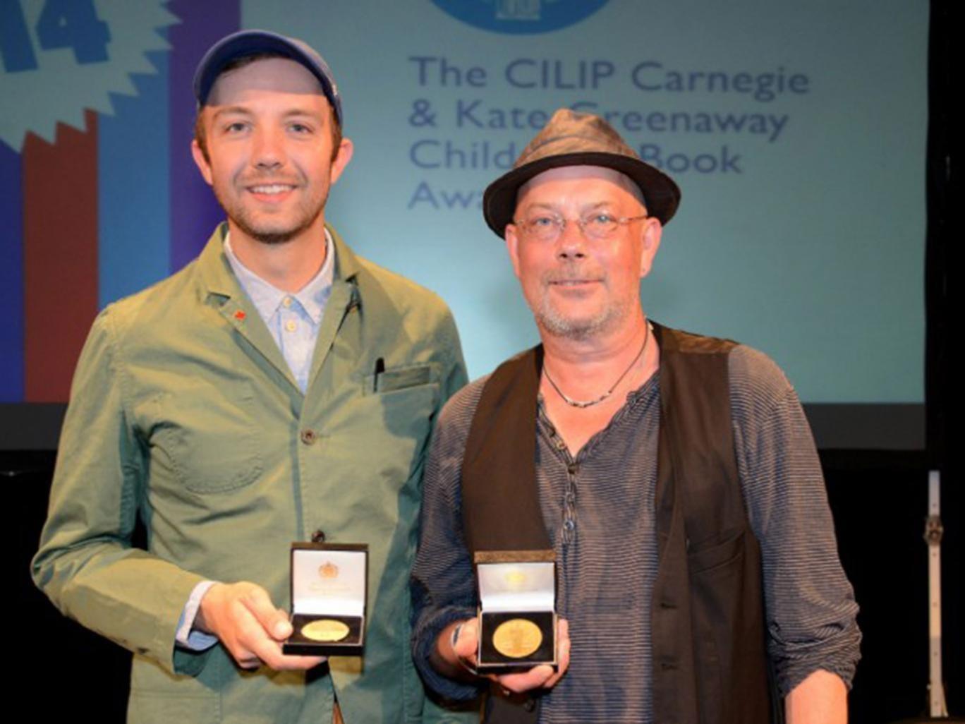 Jon Klassen, winner of the Kate Greenaway Medal, and Kevin Brooks, with his Carnegie Medal
