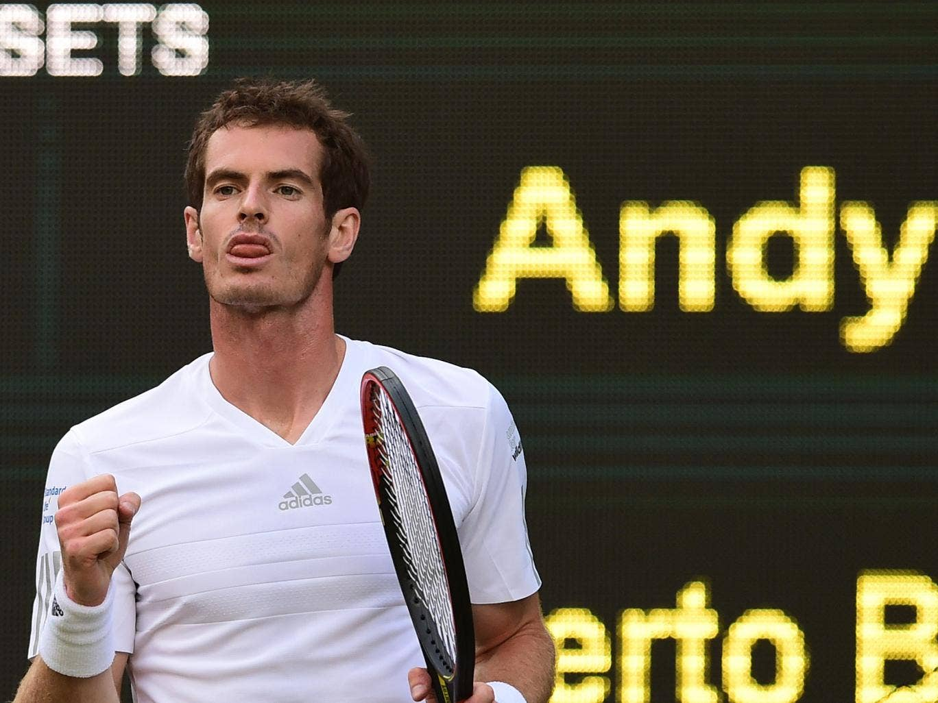 Andy Murray in action during his victory over Roberto Bautista