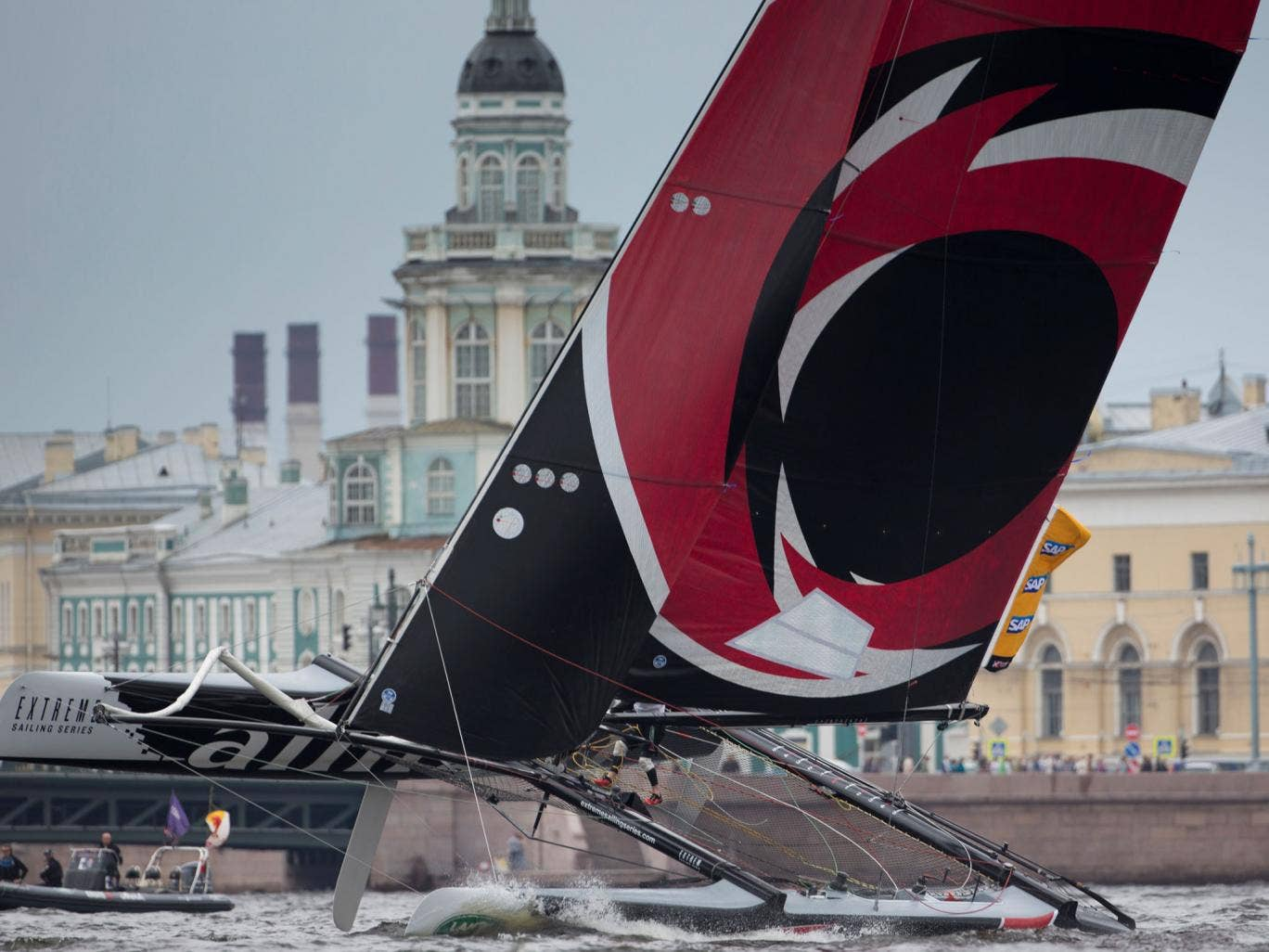 There was plenty of spectacle in St. Petersburg as Switzerland's Alinghi notched up another win in the Extreme Sailing Series