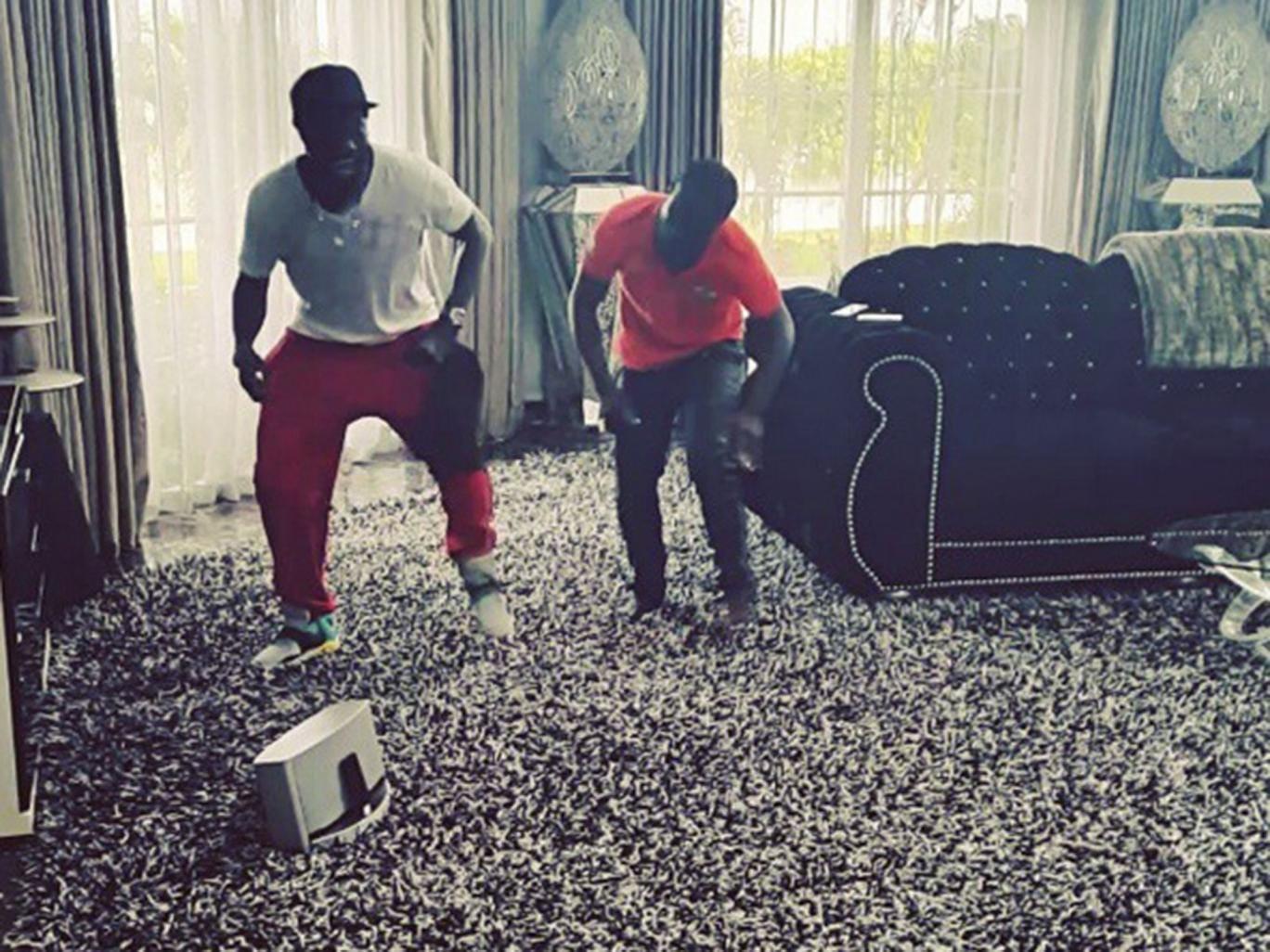Emmanuel Adebayor and his new dance moves