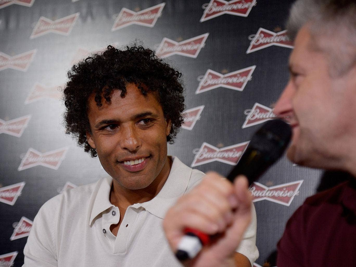 Pierre van Hooijdonk swore at a Mexico fan during an argument