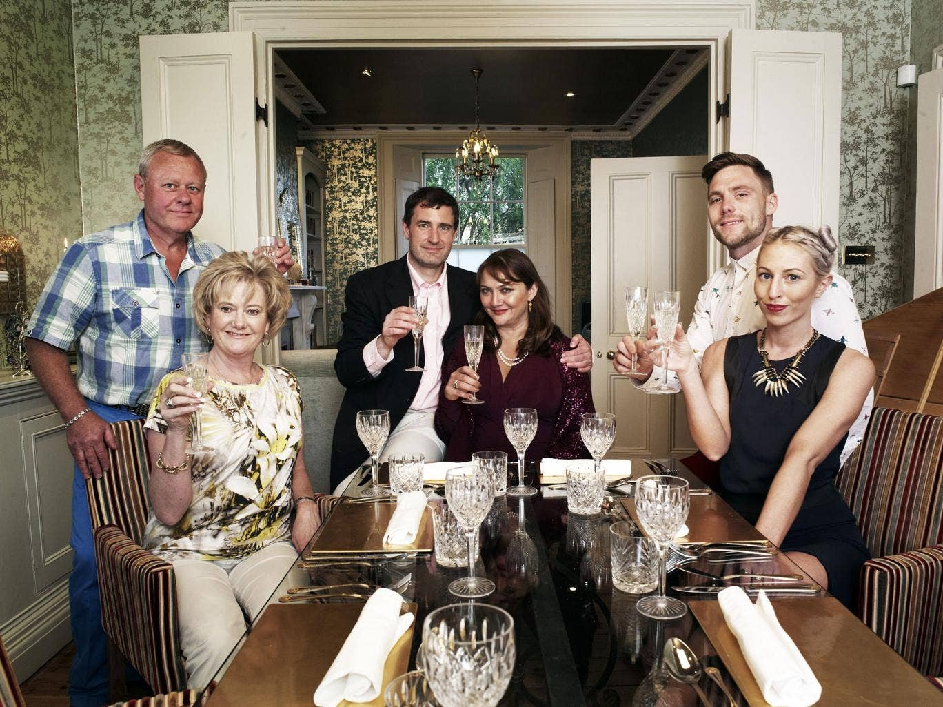 All-new couples 'Come Dine With Me'