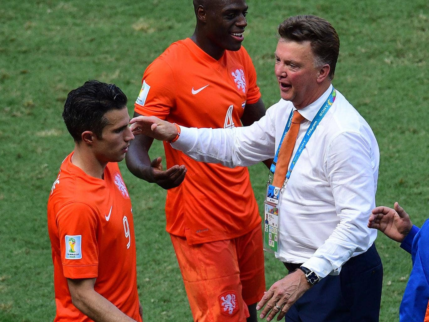 Louis van Gaal will weat his lucky bracelet (on his right wrist) all the way to the World Cup final