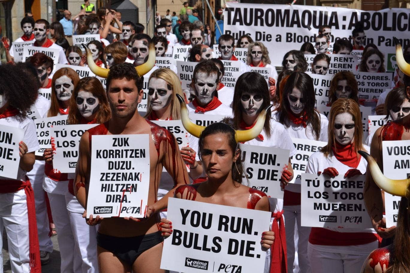 a review of the san fermin festival and the running of the bulls See who's going to running of the bulls (fiesta de san fermín) the perfect close to this exhilarating festival san reviews for running of the bulls.