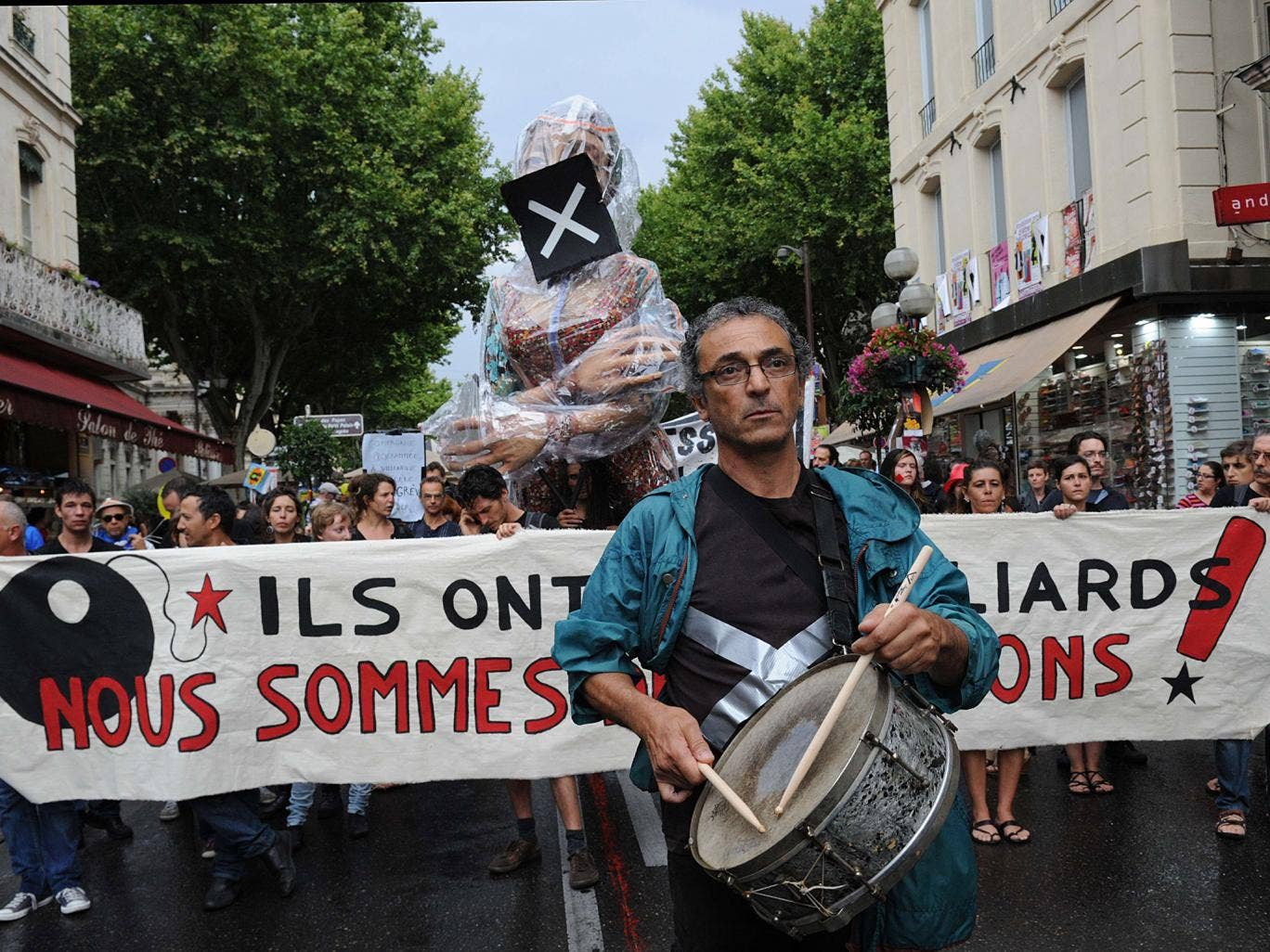 Actors and technicians on the march against changes made by Hollande