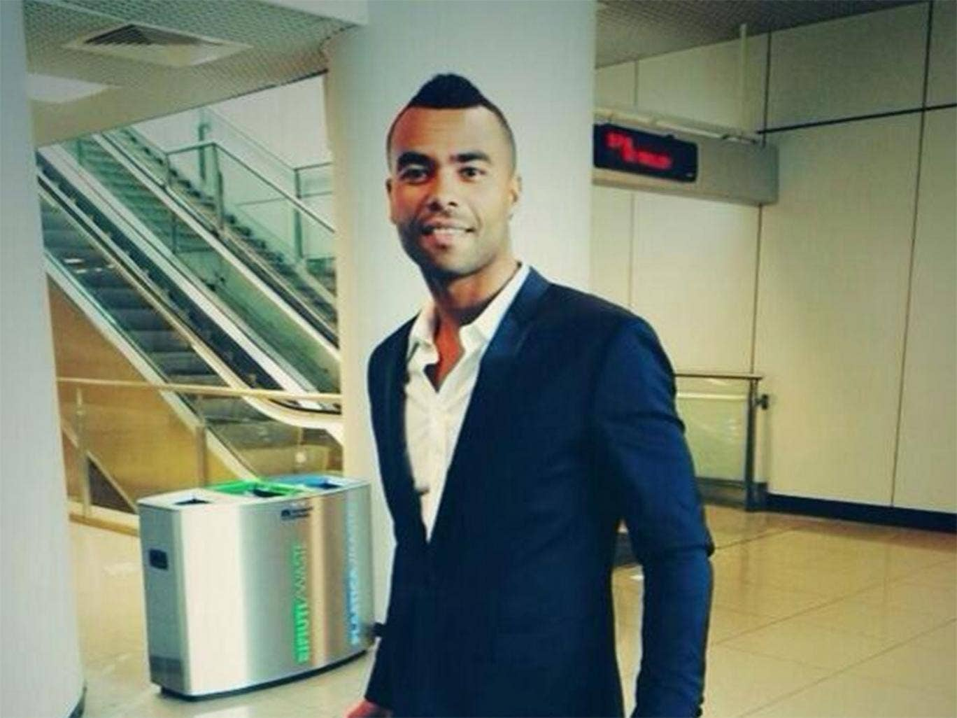 Ashley Cole arrives in Rome to complete his move to Roma