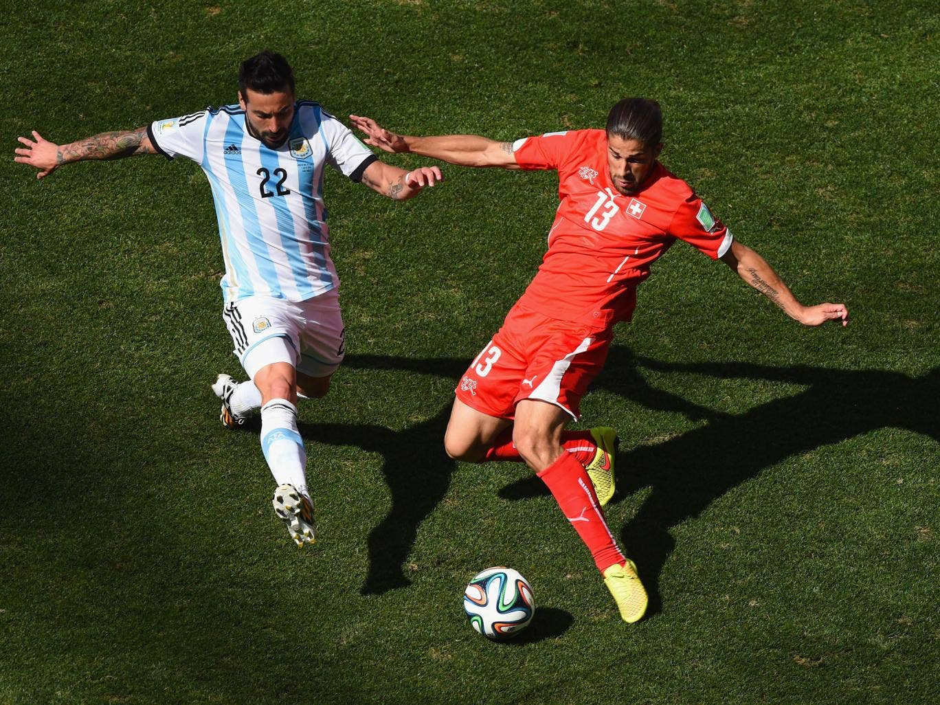 Manchester United are interested in Switzerland defender Ricardo Rodriguez