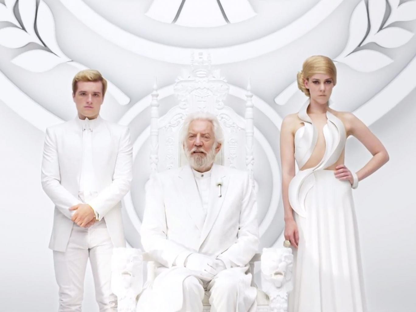 Josh Hutcherson, Donald Sutherland and Jena Malone in Mockinjay: Part 1