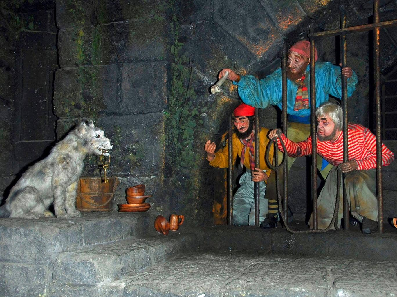 Figures seen on the Pirates of the Caribbean ride