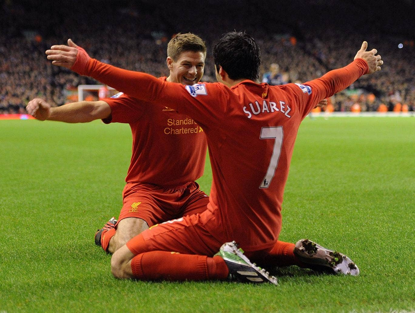Steven Gerrard posted an emotional farewell to Luis Suarez