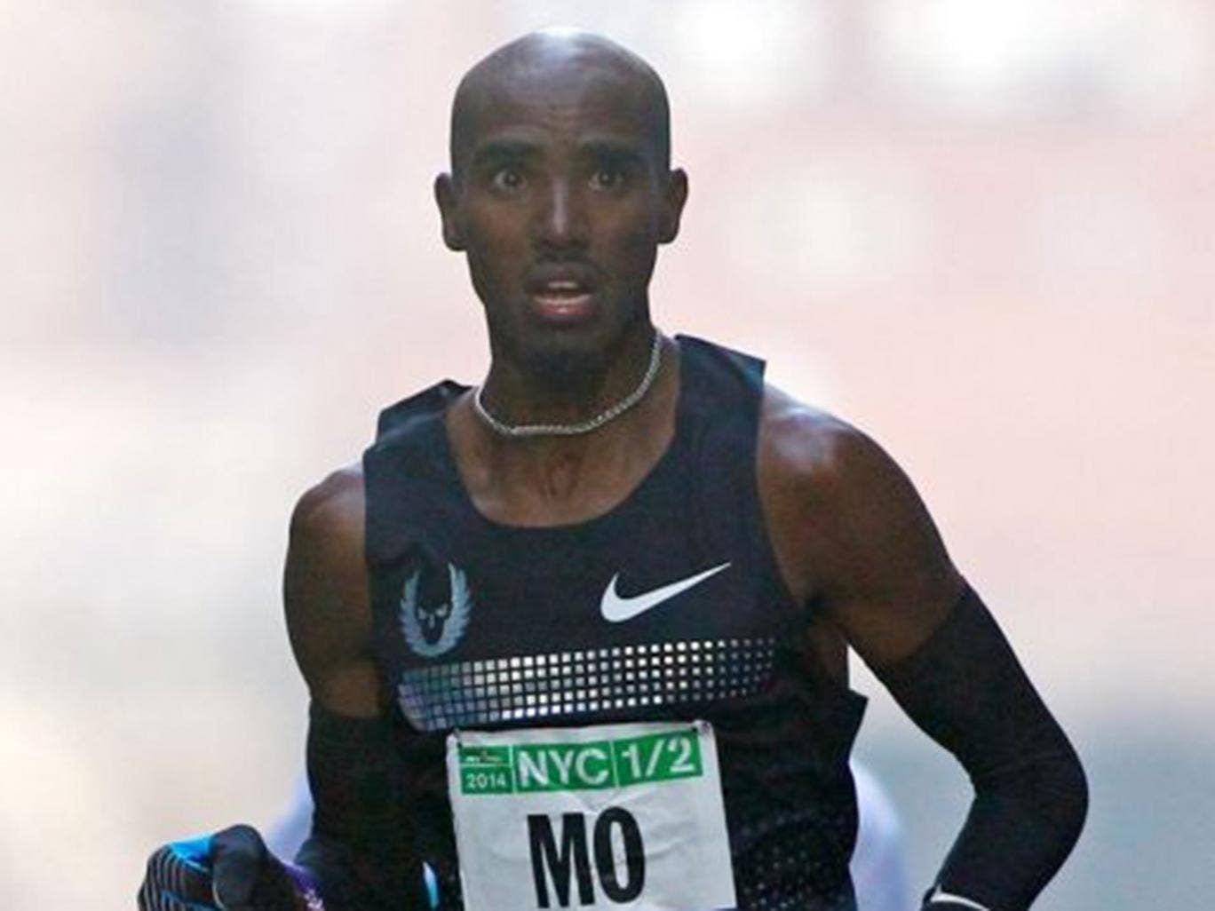 Mo Farah is a doubt for the Commonwealth Games after being taken ill with abdominal pains