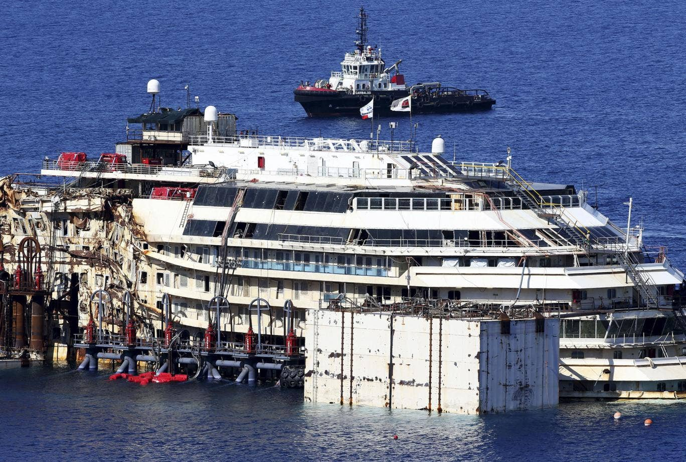The remaining missing victim of the Costa Concordia crash is to be searched for