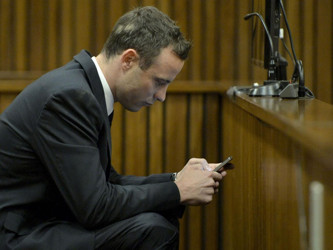 Pistorius posted four bizarre tweets across Sunday night and Monday morning