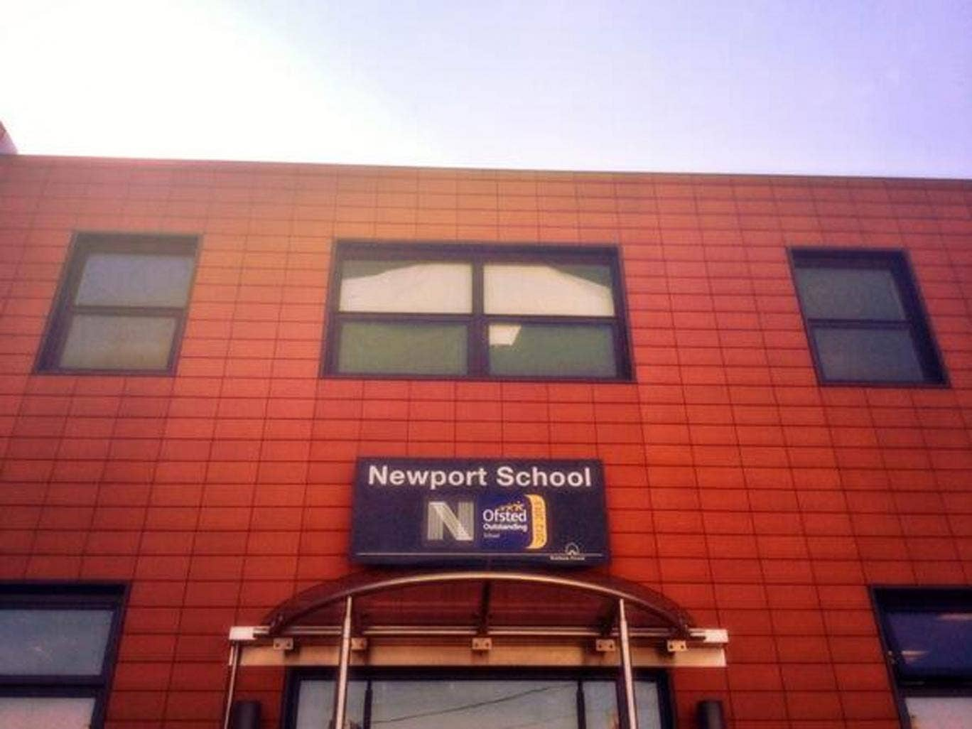 Newport Primary School, rated 'outstanding' by Ofsted, received complaints from parents after it said it could not accommodate fasting Muslim children at lunchtime
