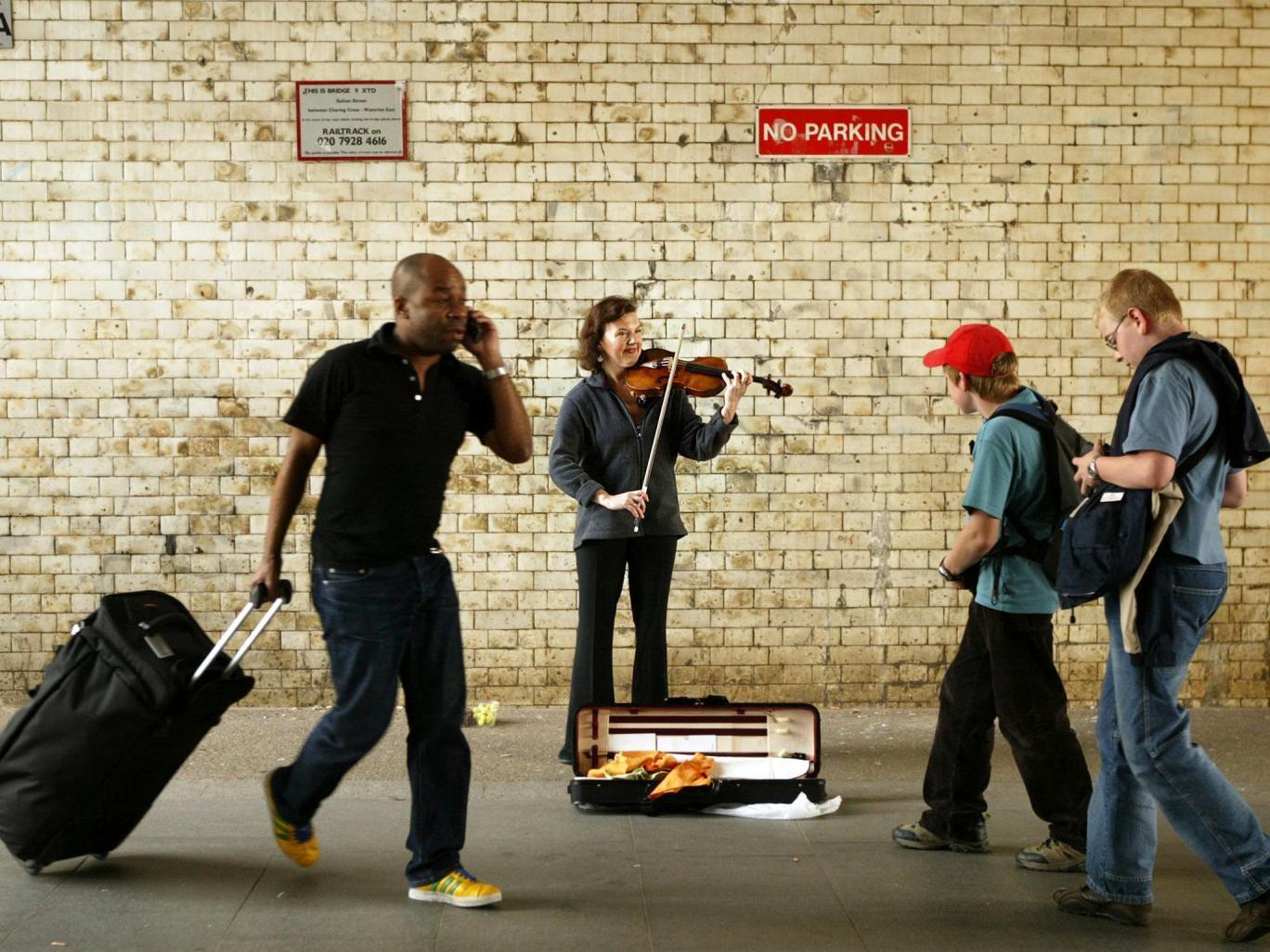 Off the wall: Tasmin Little busking at Waterloo station