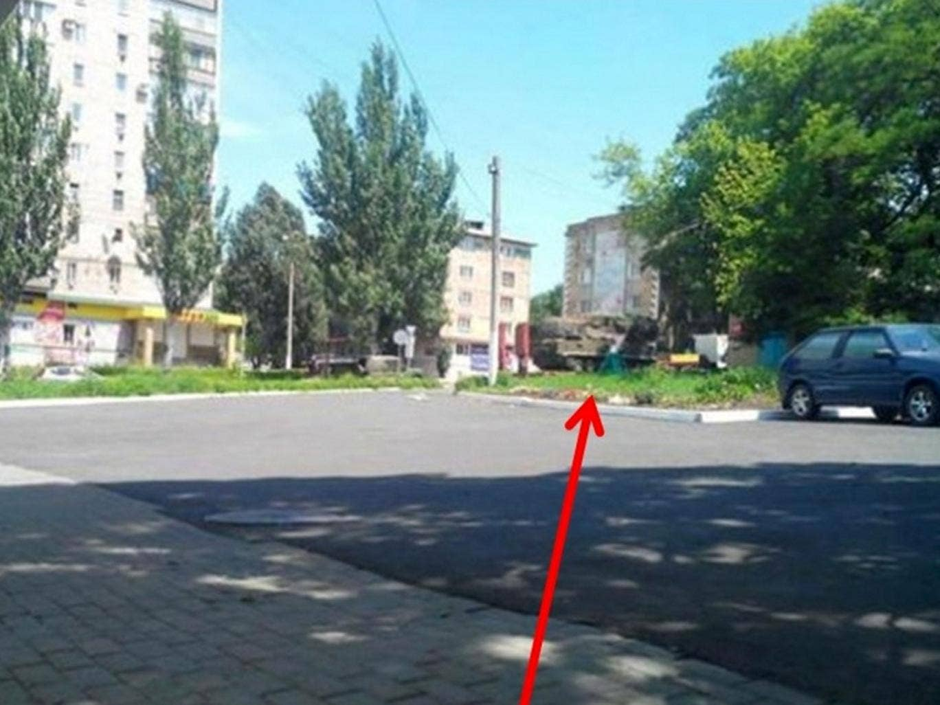 Image of Buk-M1 launcher in the vicinity of the MH17 crash