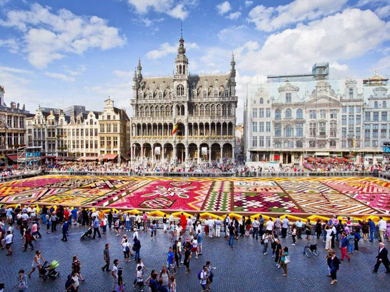 Make an entrance: the flower carpet in Grand Place