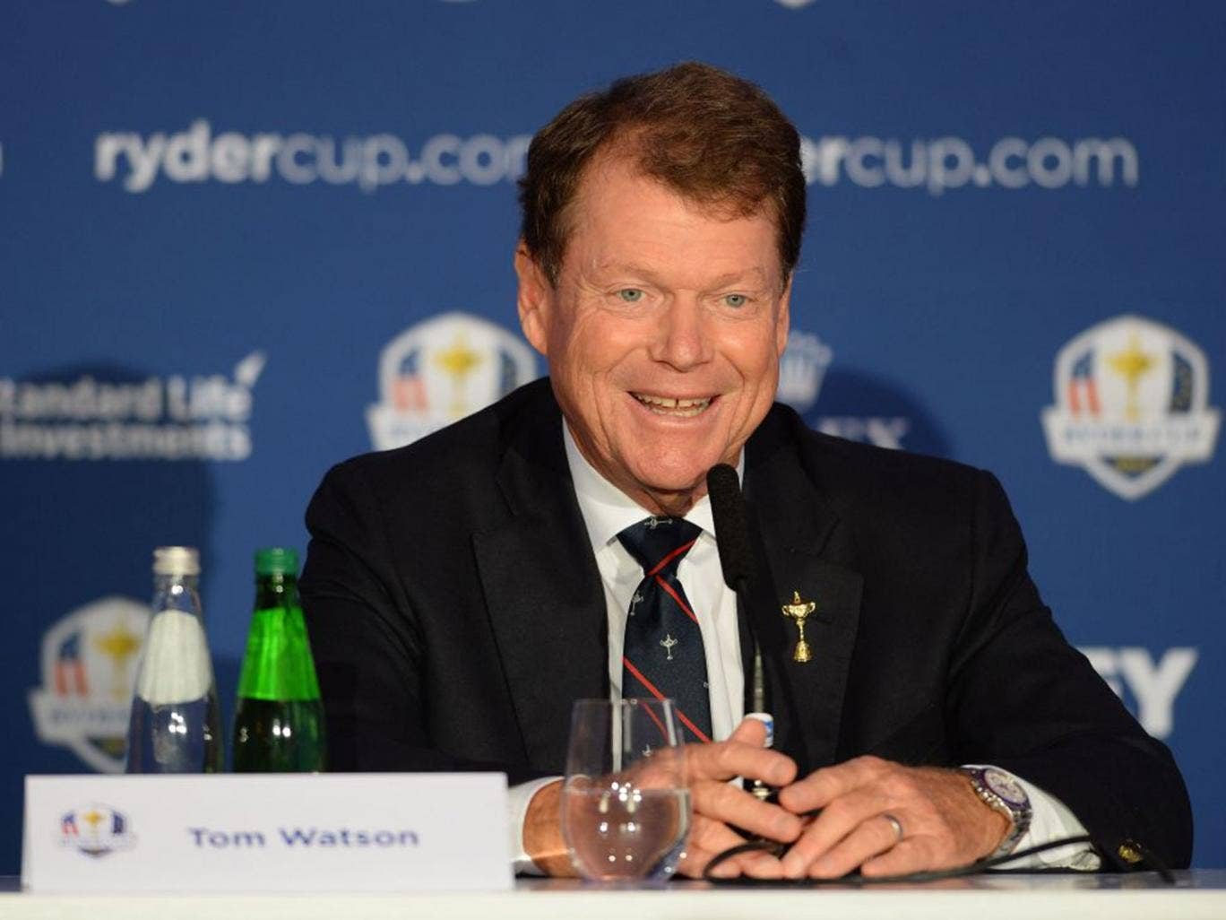 Tom Watson may have to decide whether or not to give wildcards to Woods and Mickelson