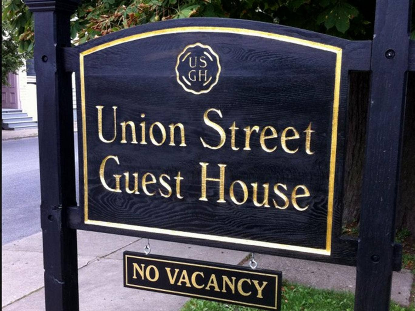 The welcome sign at the Union Stree Guest House