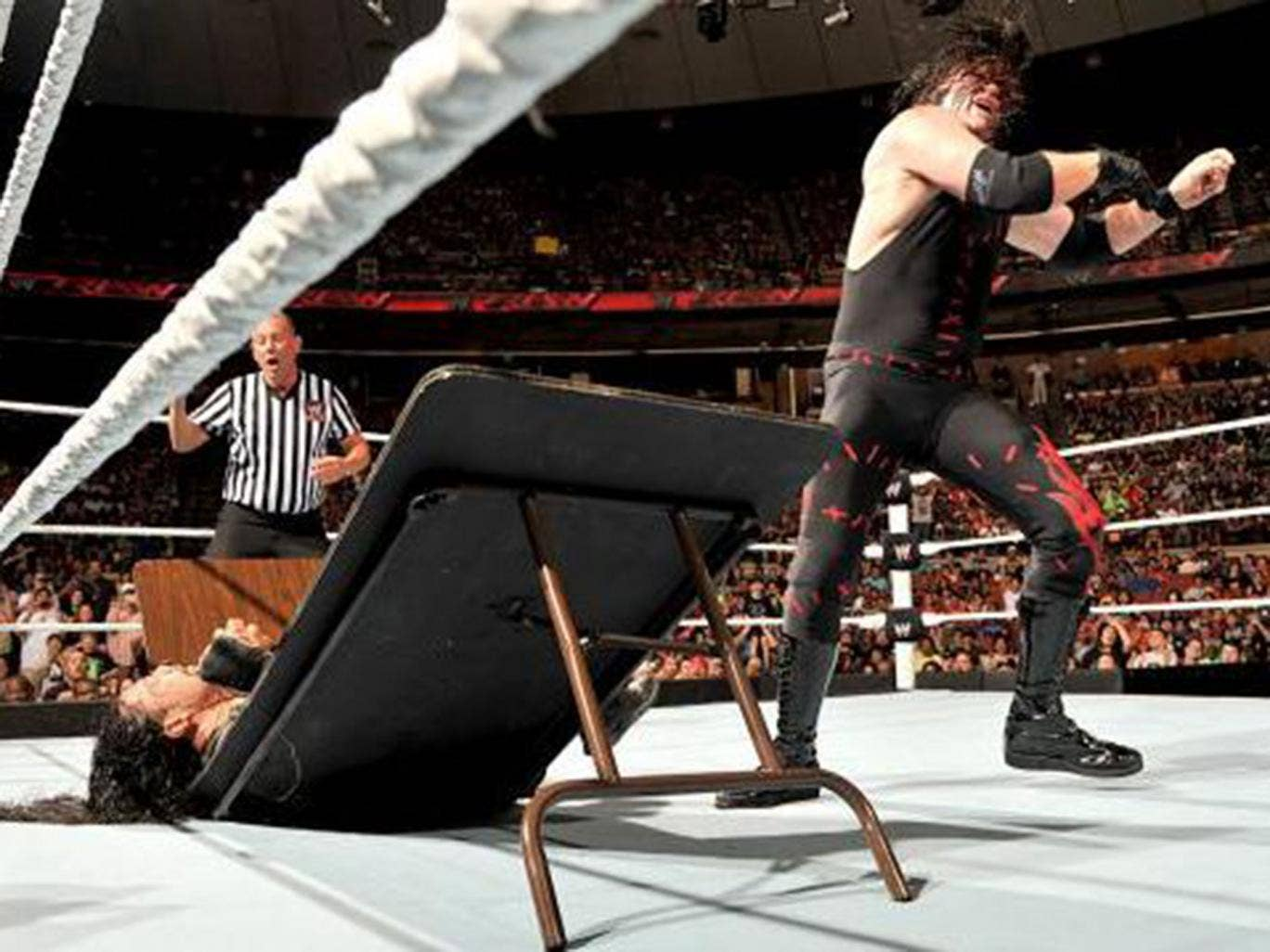 wwe raw results roman reigns topples kane as summerslam edges closer wwe sport the. Black Bedroom Furniture Sets. Home Design Ideas