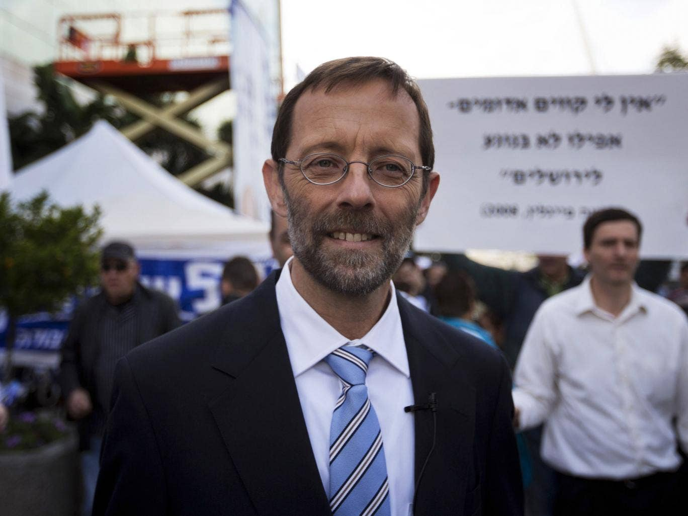 Moshe Feiglin leaves a polling station after casting his vote on November 25, 2012 in Jerusalem