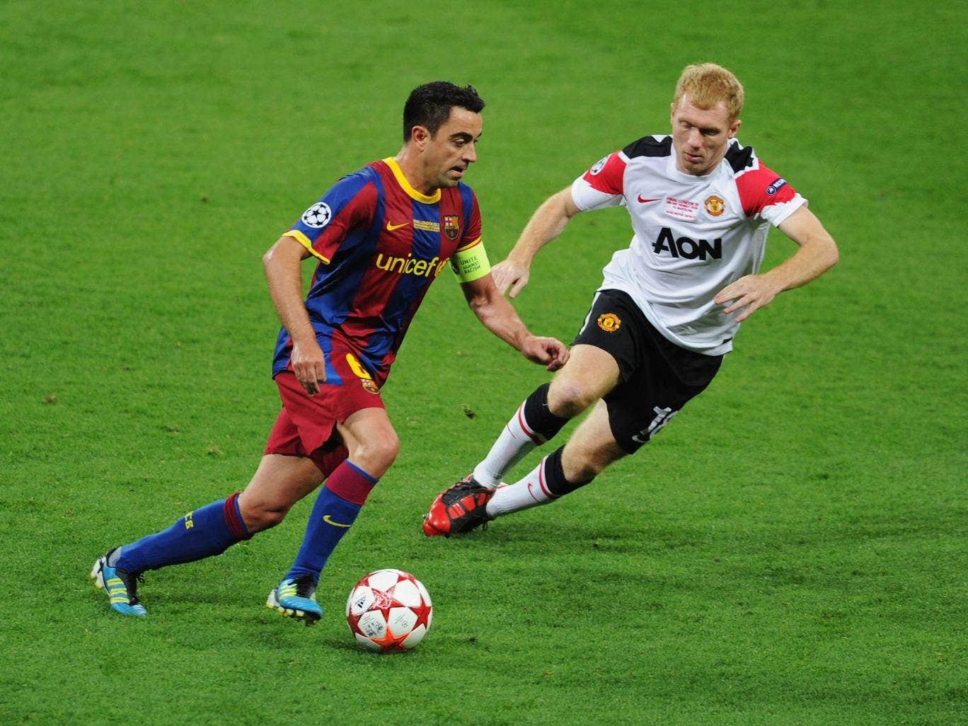Xavi has said the 'one small regret' of his career is not playing with Paul Scholes