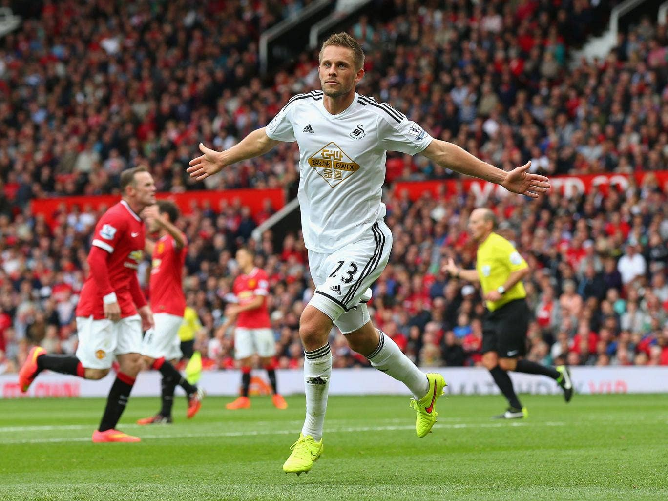Gylfi Sigurdsson celebrates scoring the winner for Swansea