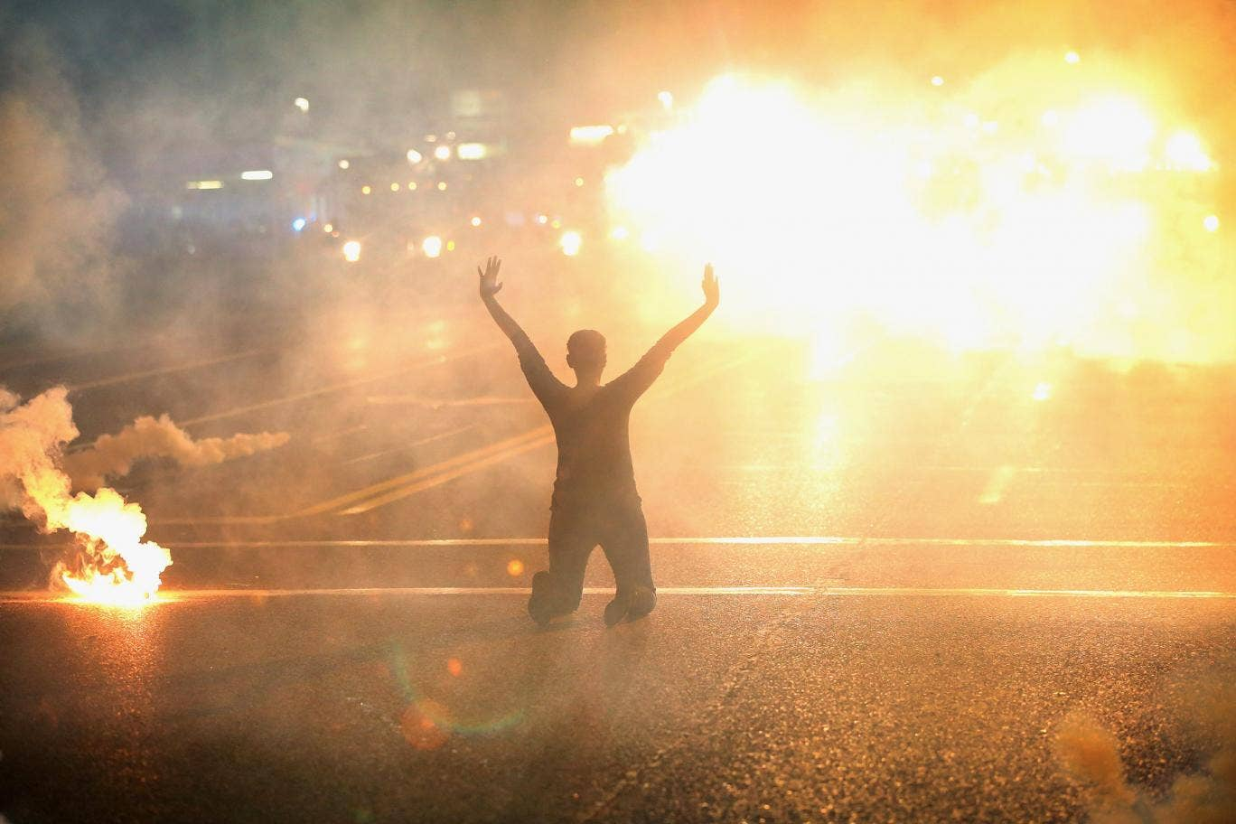 Amnesty International deploys within US for the first time as clashes continue in Ferguson
