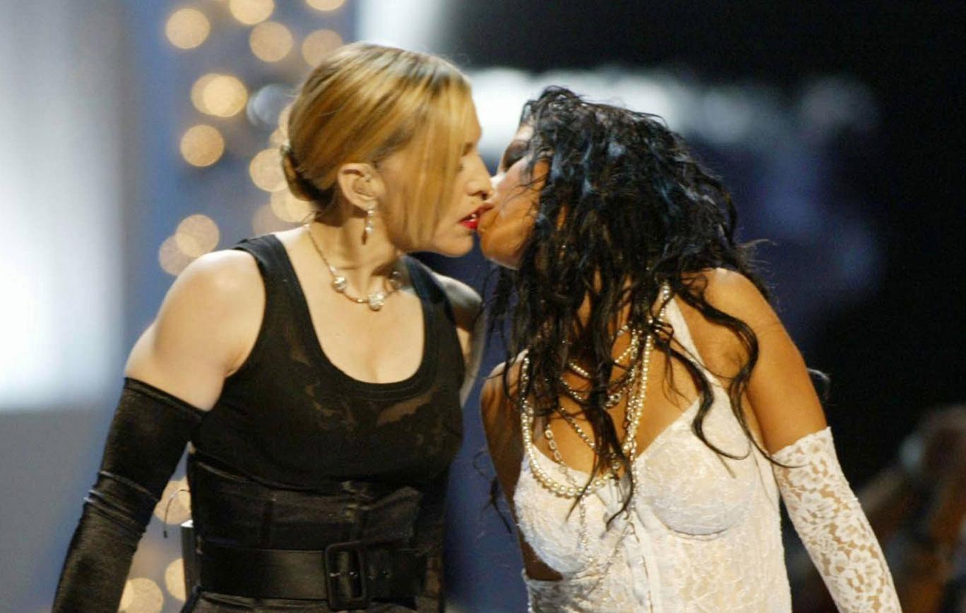 Madonna and Christian Aguilera kiss at the MTV VMAs in 2003