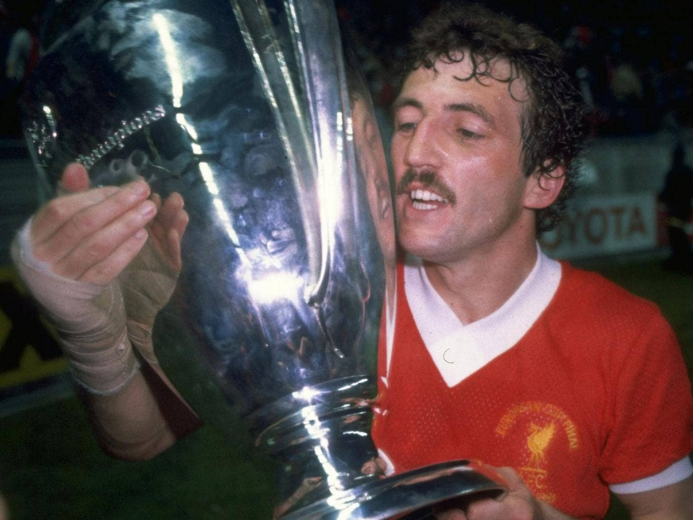 Alan Kennedy lifts the European Cup after Liverpool defeated Real Madrid in 1981