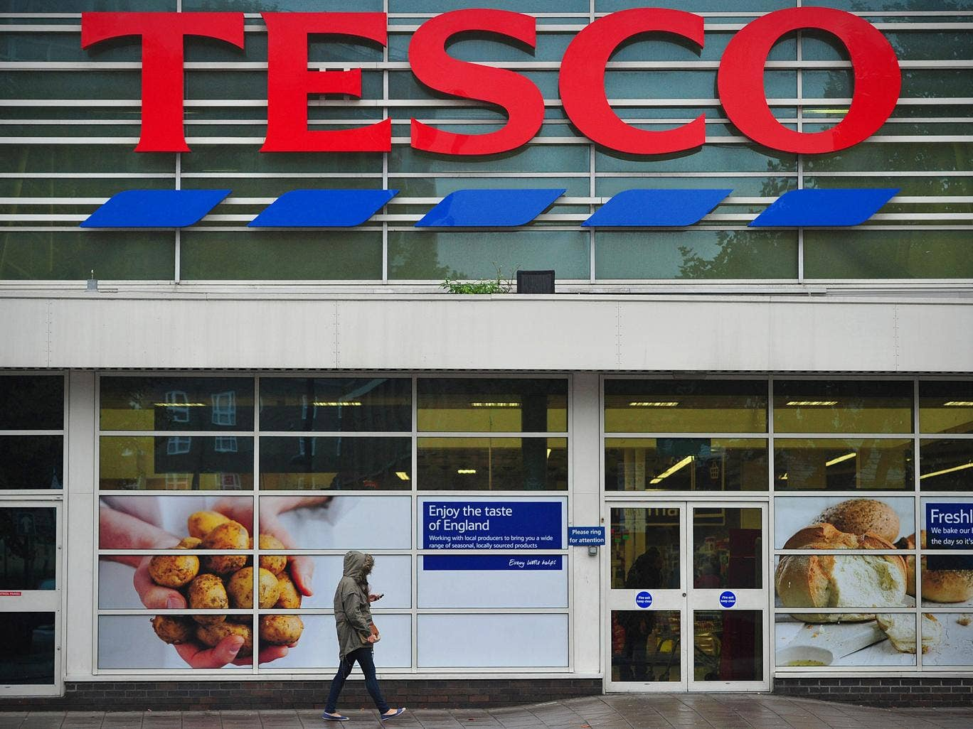 Bank Holiday Monday Opening Times Are Tesco Asda And Other Supermarkets Open Today Home