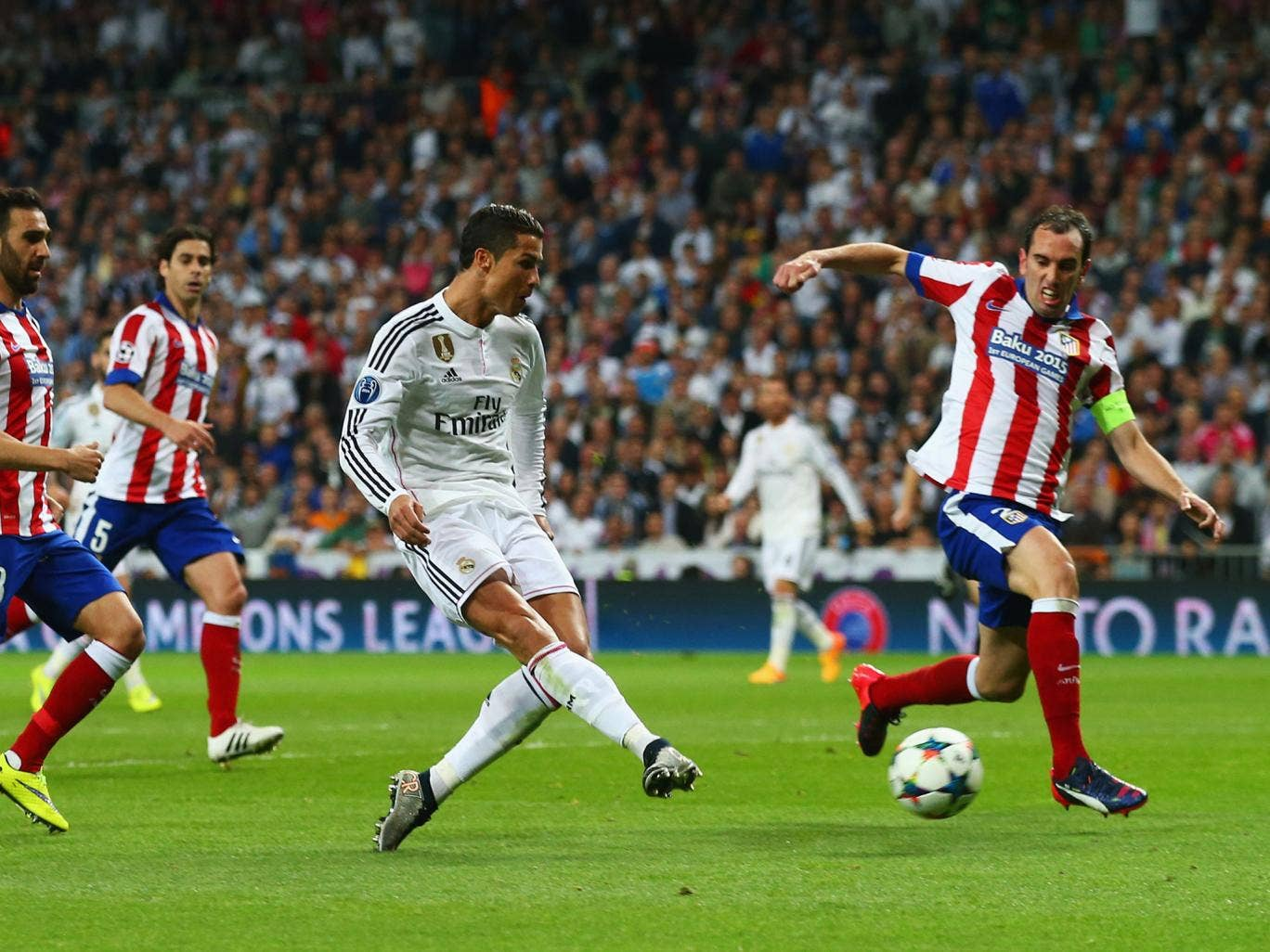 La FIFA sanciona a Real Madrid y Atlético y no podrán fichar por un año