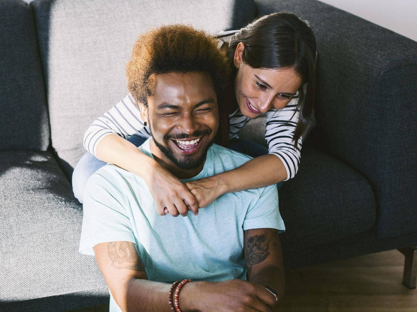Couples who laugh together stay together, according to the research