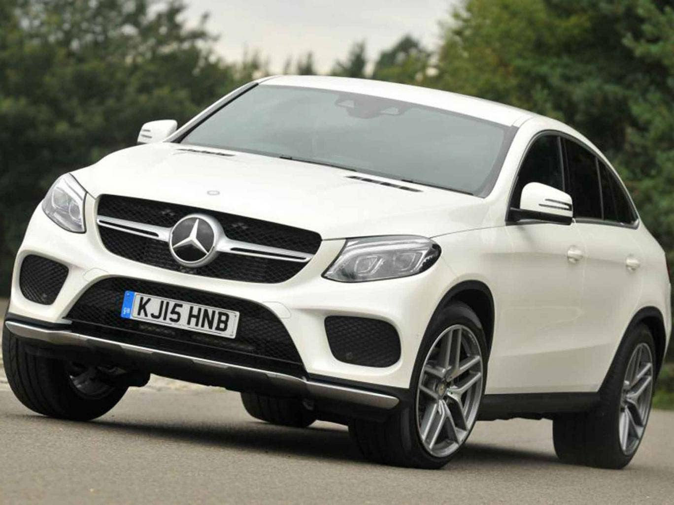 mercedes benz gle 350d coupe 4matic amg line motoring review merc 39 s answer to the bmw x6 and. Black Bedroom Furniture Sets. Home Design Ideas