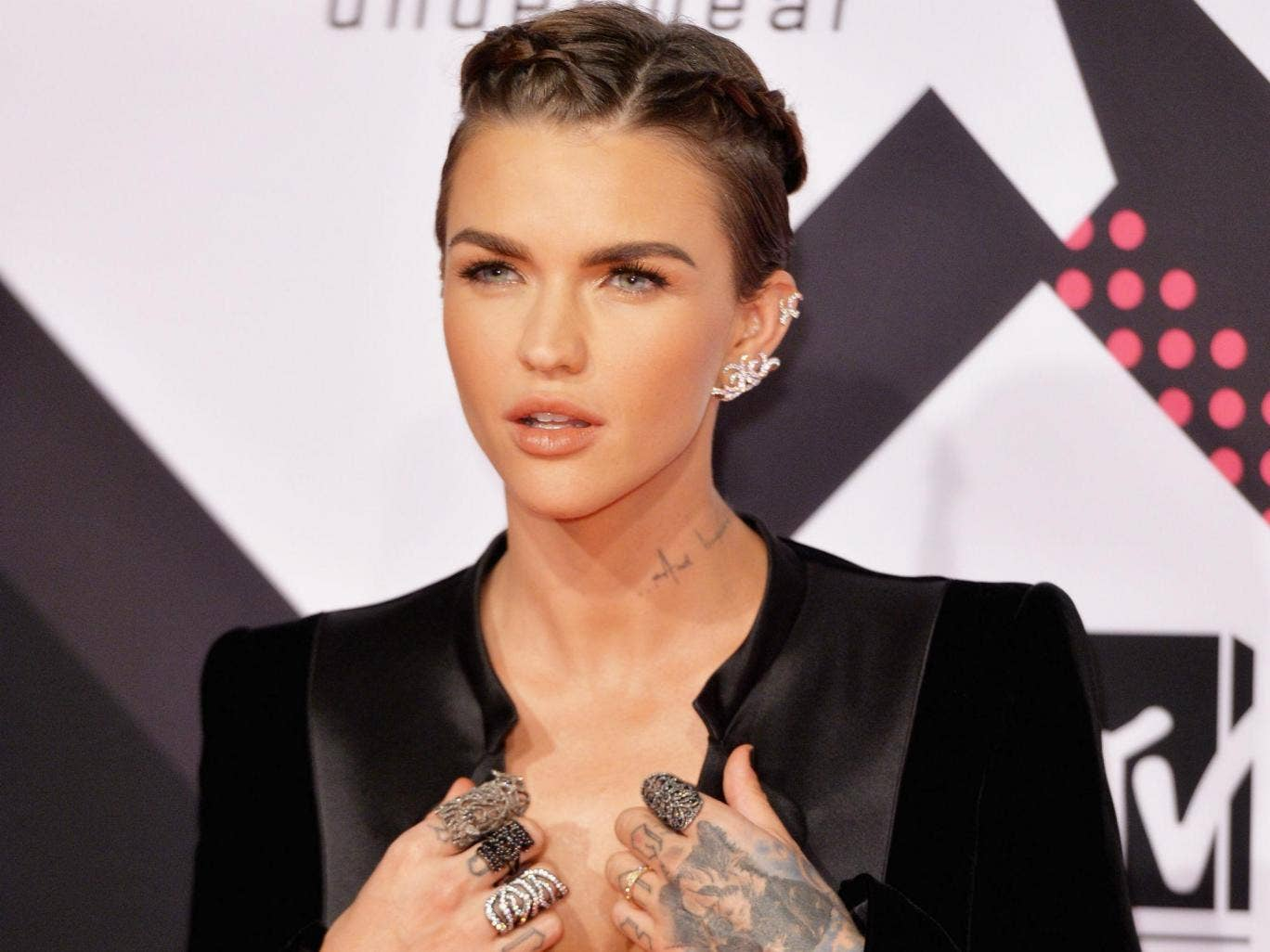 Ruby Rose Lauded For Promoting Gender Fluid Movement At