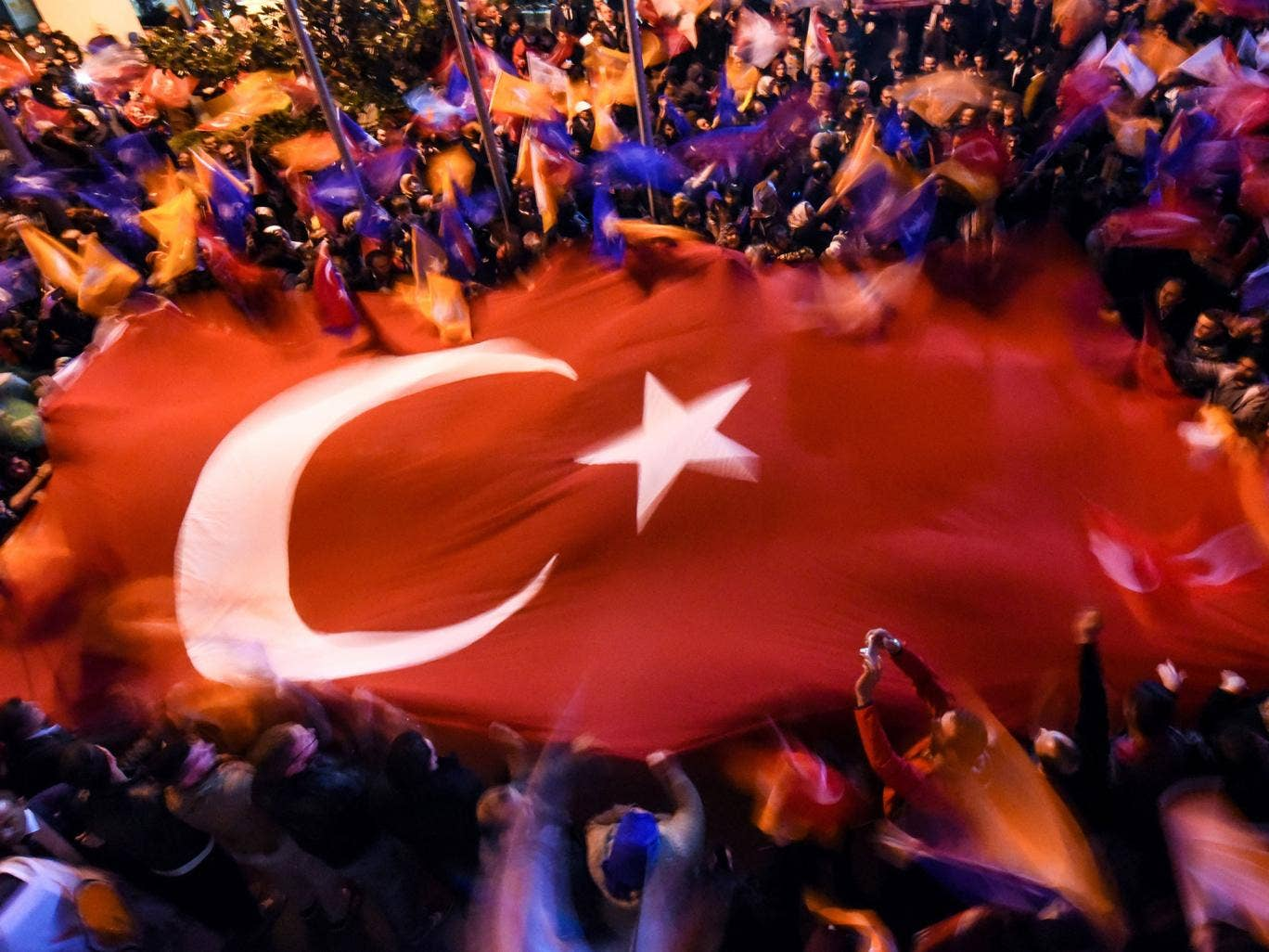 AKP supporters celebrate in Istanbul